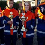 Jugendfeuerwehr erhält Pokal 2
